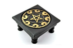 Altars & Shrines All Wicca Wiccan Altar Supplies, Books, Jewelry, Statues