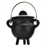 Plain Cast Iron Mini Cauldron with Lid