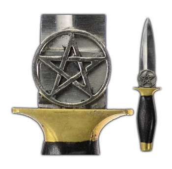 ritual daggers or athames are often including on a wiccan altar